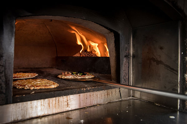 il Forno Vagabondo Wood Fired Pizza
